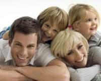 Муж и Жена, спокойная, счастливая семья.